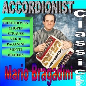 Mario Bragadini : Accordionist